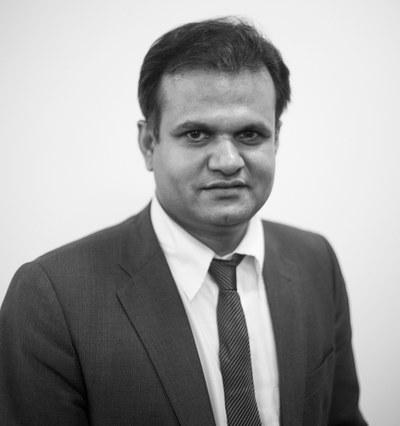 Dr. Siddharth  S Saxena