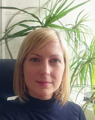 Dr Tina  Potter