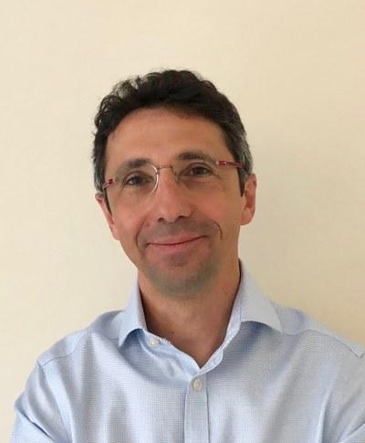 Professor Roberto  Maiolino